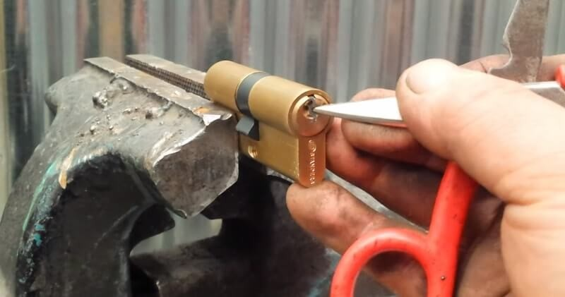 How To Key A Lock1 - How To Key A Lock